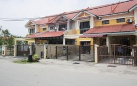 House at Sungai Buloh Country Resort
